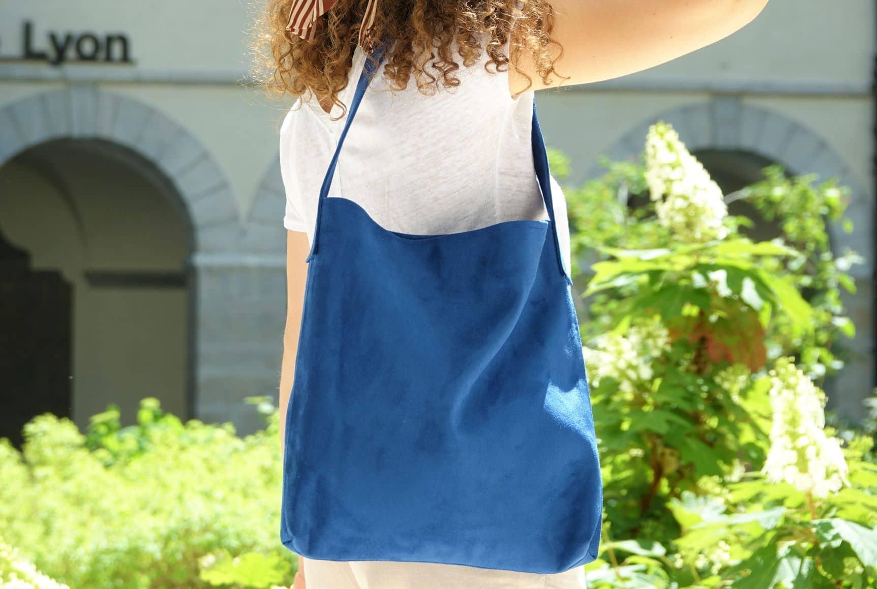 sac hobo bag suedine bleu aloee